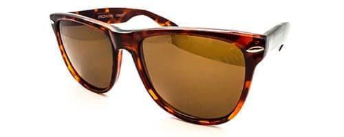 "RX2 - Classic ""Wayfarer"" shaped plastic sunglass 2"